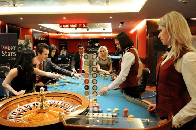 Огорбления казино смотреть онлайн бесплатно в хорошем качестве реклама казино в беларуси